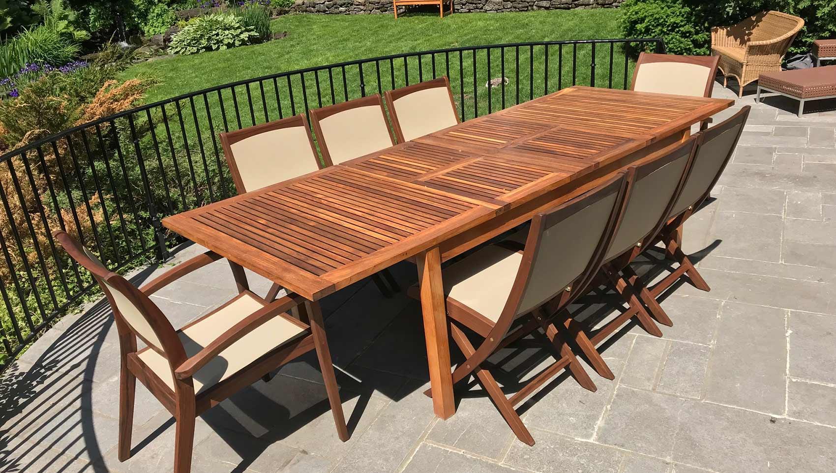 table et chaise de patio en bois d'ipé